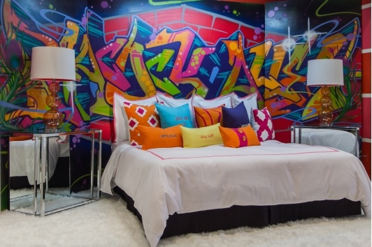 Grafitti wall bedroom16 Cool Graffiti Wall Mural Ideas   Critical Cactus. Graffiti Bedroom Decorating Ideas. Home Design Ideas