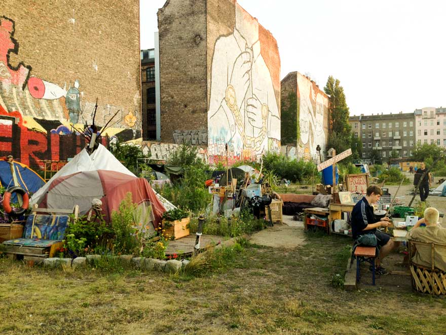 off grid camp in Kreuzberg Berlin