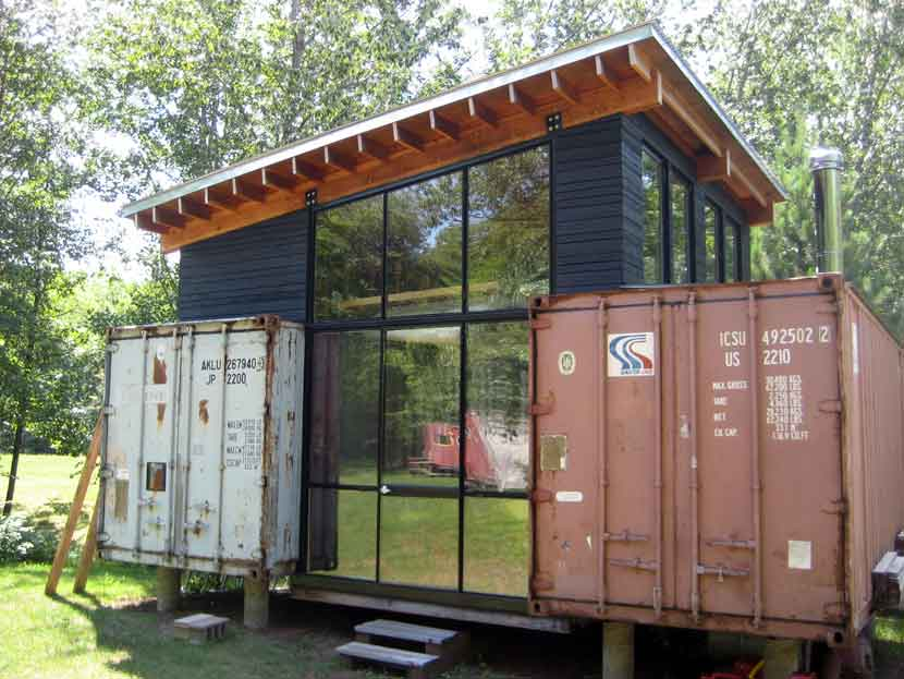 recycled-shipping-container-house