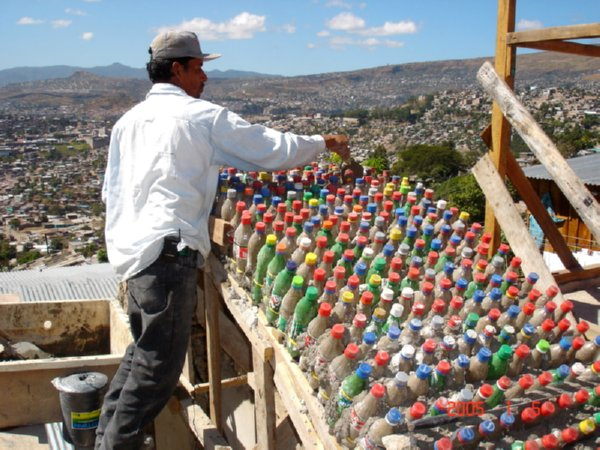 8 Reasons Why Recycled Plastic Bottle Houses Rock