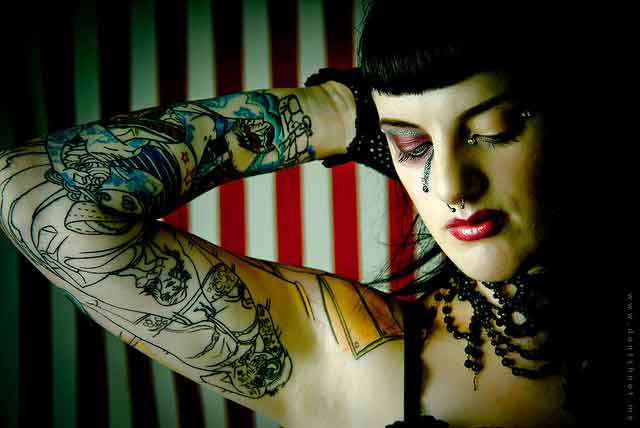 tattood-lady-by-paolo-marconi