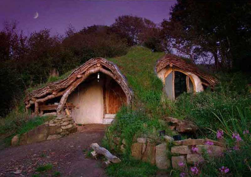 escape-the-cubicle-Hobbit-house