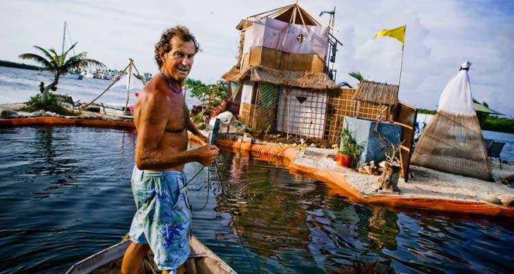 man-builds-steerable-island-from-plastic-bottles